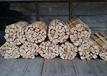 キャンプ用の薪