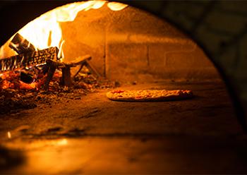 ピザ釜用の薪